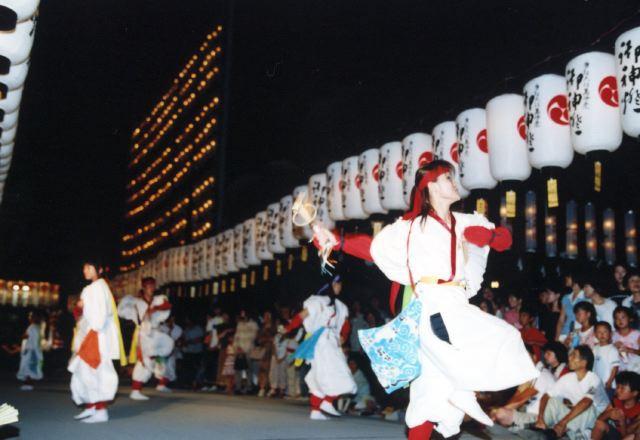 2005年 万灯祭奉納演舞 19