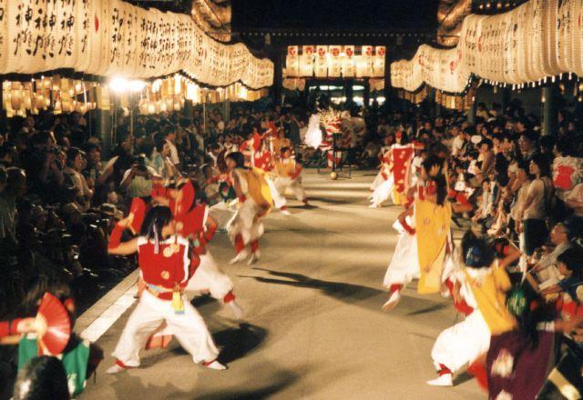 2006年 万灯祭奉納演舞 7