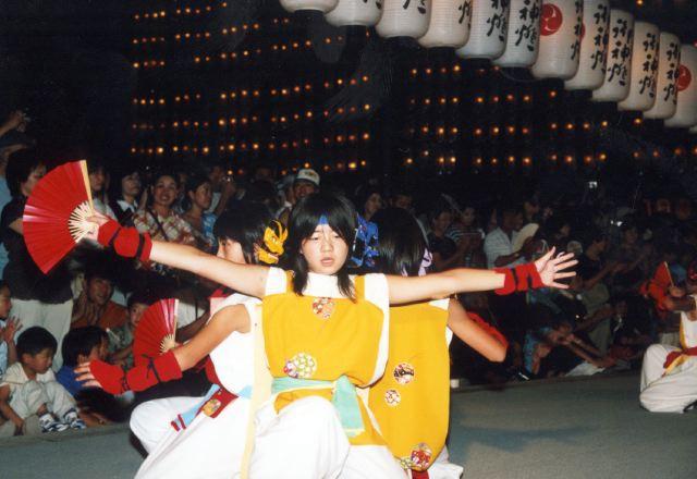 2006年 万灯祭奉納演舞 8