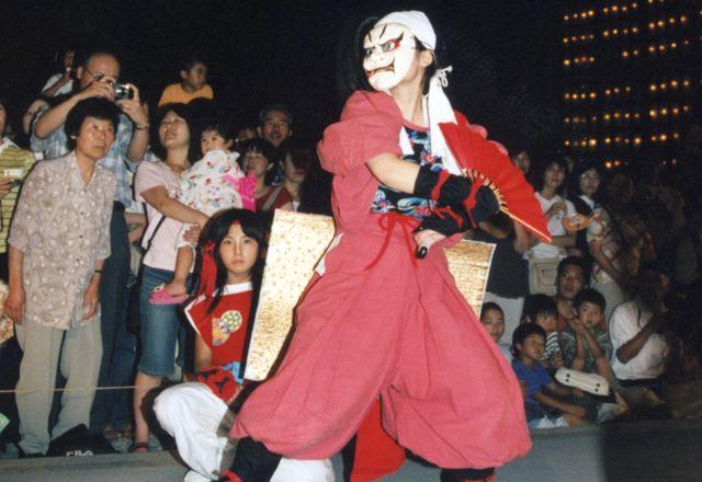 2006年 万灯祭奉納演舞 15