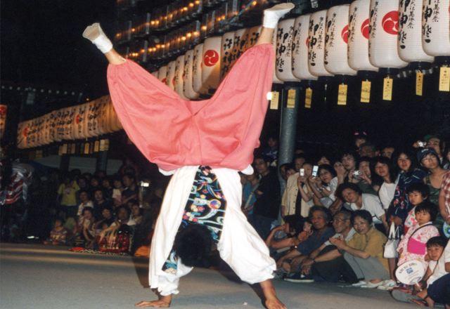 2006年 万灯祭奉納演舞 16