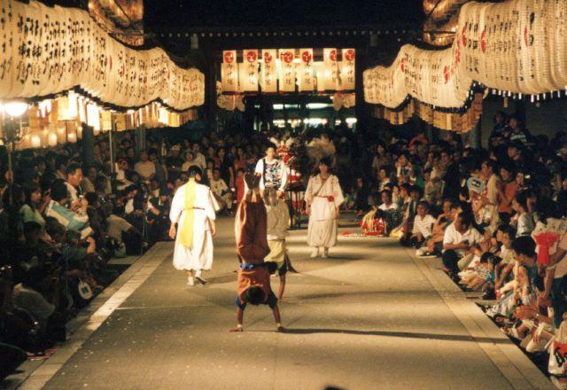 2006年 万灯祭奉納演舞 17
