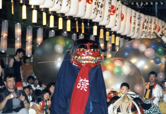 2005年 万灯祭奉納演舞 7